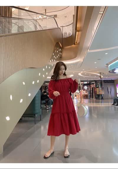 独家定制 春装新款收腰显瘦泡泡袖一字领裙连衣裙