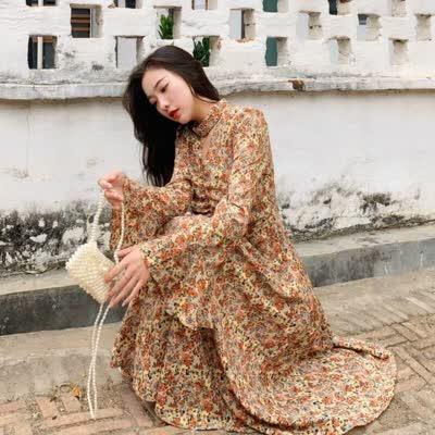 春季韩版温柔气质优雅碎花连衣裙V领喇叭袖高腰显瘦打底裙