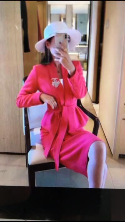 SM(无胸花)红色名媛款西装领半裙套装