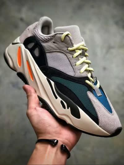 高品质 Yeezy Boost 700椰子爆米花复古老爹鞋男女运动休闲鞋增高跑步鞋