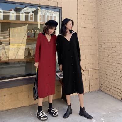 货号62282#,实拍实价秋冬V领针织连衣裙女秋冬中长款显瘦毛衣裙,颜色:黑色、红色