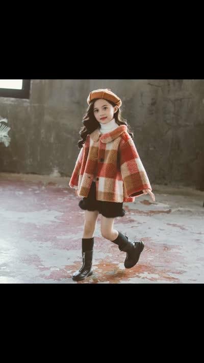 XIY08  童装女孩大童翻领拼色格子娃娃大衣毛绒羊羔毛呢外套   ¥72   110cm~160cm