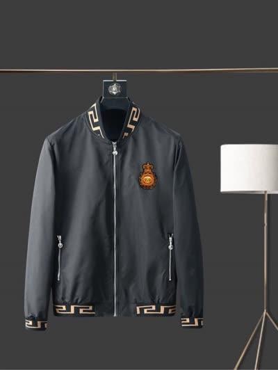 秋季新款欧洲潮流高端品质男装夹克外套 采用进口光滑面料搭配精致刺绣五金制作