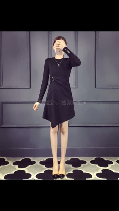 【欧美外贸】专柜最新款,专柜同步洗水唛,进口加绒纯棉不规则连衣裙 黑色