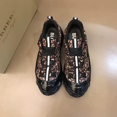 B家羊皮内里2020时装周走秀情侣款选用原版进口面料配透气网料TPV三层组合大底男女鞋