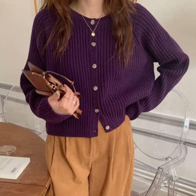 韩国 早春新款 浪漫葡萄紫 显肤白 单排扣 圆领坑条纹短款针织衫