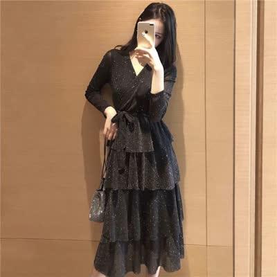 169 实拍春夏气质bling2020黑色V领蛋糕连衣裙