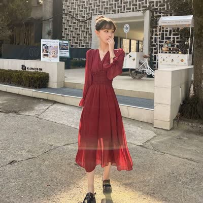 春季新款法国小众收腰显瘦V领中长款雪纺连衣裙