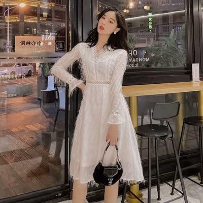 独家定制 春装新款V领收腰显瘦流苏裙连衣裙