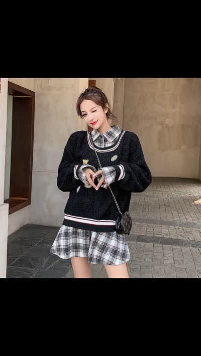 货号65526#,实拍黑色卫衣女秋冬新款潮韩版宽松仿羊羔毛卡通假两件上衣卫衣裙