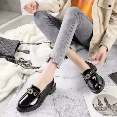 女鞋子2020夏季新款百搭黑色工作鞋豆豆平底单鞋秋款【品牌】薇慕倾情【货号】2016